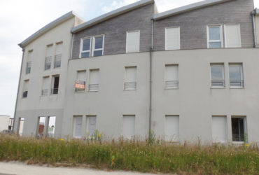 A VENDRE  BREST  CAVALE BLANCHE  APPARTEMENT T2  50M²  1 CHMABRE  PARKING  RESIDENCE RECENTE